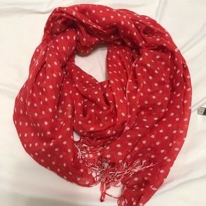 Red scarf large
